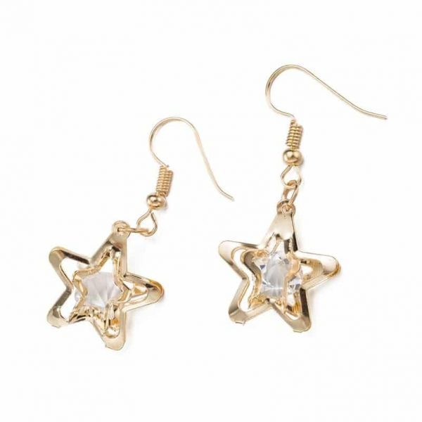 Gold star earrings.Click hear to for more beautiful earrings.Shop alle musthave jewellery by aphrodite. Free worldwide shipping and gift.