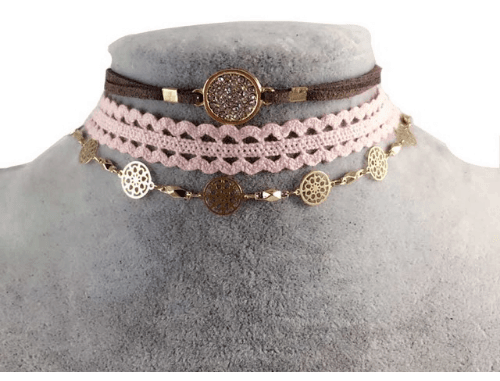 3 Pcs Choker Set With Crystals.click hear to shop more beautiful necklaces. Shop all musthave jewellery by aphrodite. Free worldwide shipping and gift.