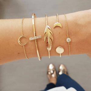 armbanden set, goud, 5 stuks, sieraden, accessoire