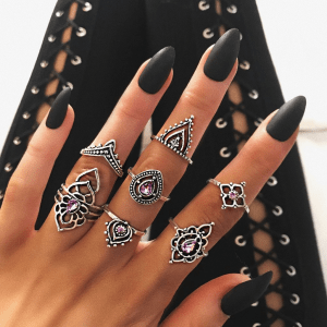 7 Pcs Ring Set Purple. click here to shop more beautiful rings. Shop all musthave jewellery by aphrodite. Free worldwide shipping and gift.