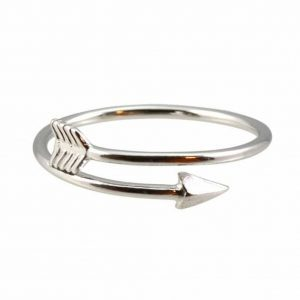Arrow ring.click here to shop more beautiful rings. Shop all musthave jewellery by aphrodite. Free worldwide shipping and gift.