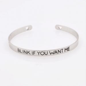 Cuff Armband ''Blink If You Want Me''. Klik hier voor meer leuke cuff armbanden. Shop alle mustave sieraden bij Aphrodite. Gratis verzending en cadeau.