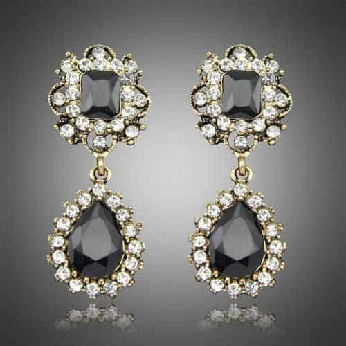 Black Crystal Statement Earrings. Click here for more statement earrings. Shop all musthave jewellery by Aphrodite. Free worldwide shipping and gift.