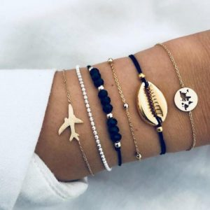 bracelet set, plane, shell, black beads, jewellery, gold, silver