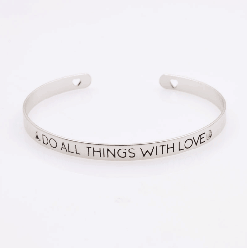 Cuff Bracelet ''Do all things with Love''. Click here for more cuff bracelets. Shop all musthave jewellery by Aphrodite. Free worldwide shipping and gift.