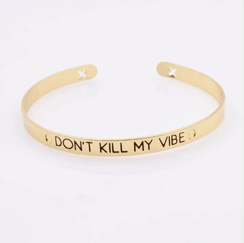 Cuff Armband Met Tekst ''Don't Kill My Vibe''.Klik hier voor meer leuke armbanden.Shop alle musthave sieraden bij aphrodite. Gratis verzending en cadeau.