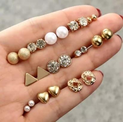 stud earrings set, pearl, triangle, gold, jewellery