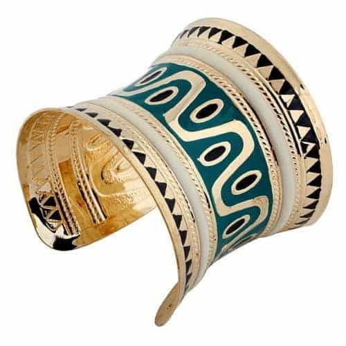 Green Cuff Bracelet. Click here for more beautiful cuff bracelets. Shop all musthave jewellery by Aphrodite. Free worldwide shipping and gift.