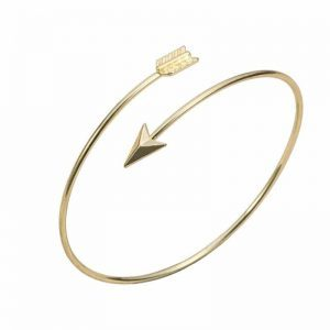 Gold Arrow Bracelet. Click here for more beautiful bracelets. Shop all musthave jewellery by Aphrodite. Free worldwide shipping and gift.