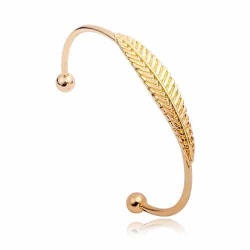 Golden Leaf Bracelet. Click here for more beautiful cuff bracelets. Shop all musthave jewellery by Aphrodite. Free worldwide shipping and gift.