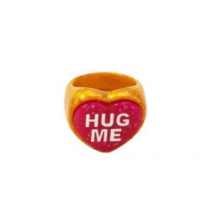 grote ring, hartje, hug me, plastic, resin, kunsstof, trendy, zomer, accessoires