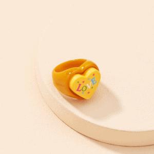 grote ring, hartje, opvallende ring, zomer, sieraden, dames, accessoires, resin, plastic, kunsstof