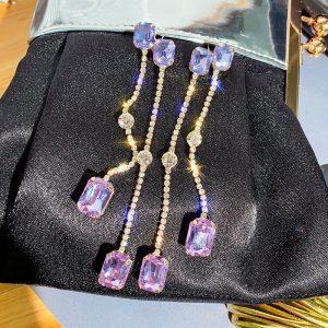 lange oorbellen, statement, diamanten, sieraden, accessoires