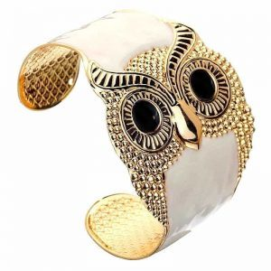 Owl Cuff Bracelet. Click here for more beautiful bracelets. Shop all musthave jewellery by Aphrodite. Free worldwide shipping and gift.