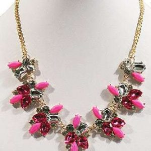 Statement Necklace With Pink Crystals. Click here for more beautiful statement necklaces.Sho all musthave jewellery by Aphrodite. Free worldwide shipping.
