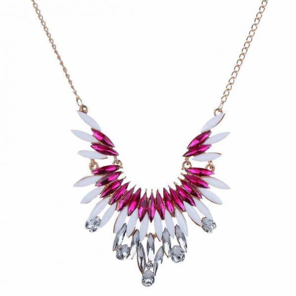 Roze kristallen statement ketting.Klik hier voor meer leuke statement kettingen.Shop alle musthave sieraden bij aphrodite.Gratis verzending en cadeau.