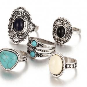 Zilver Ring Set Boho - 5 Stks. Klik hier voor meer mooie ring sets. Shop alle musthave sieraden bij Aphrodite. Gratis verzending en cadeau.
