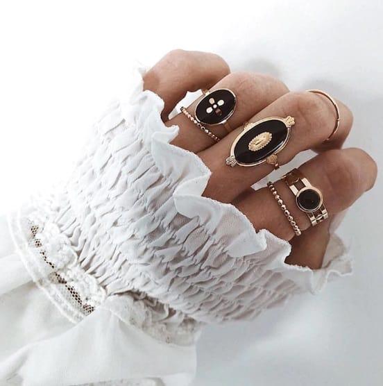 ring set, black, jewellery, gold