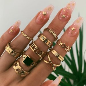 ring set, gold, jewellery, black stone, roman numbers