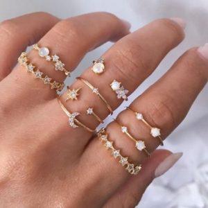 ringen set, goud, minimalistisch, kristallen