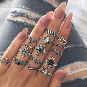 ring set , black stones, 15 pcs, jewellery , trendy