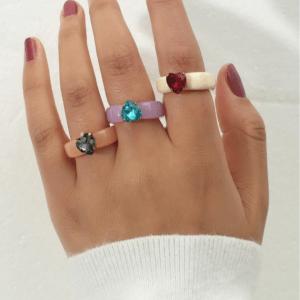 ringen set, hartje, kleurrijk, sieraden, dames, accessoires, kunststof, hars, resin, gekleurde ringen, zomer, trendy, hippe