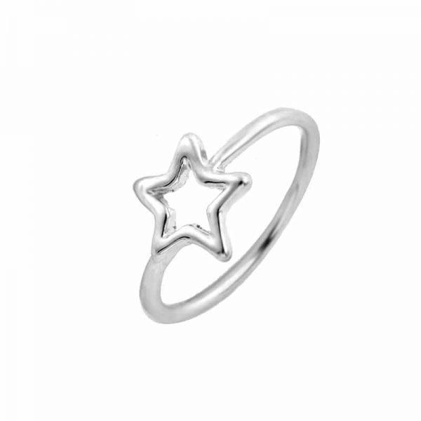 Simpele Zilveren ster Ring.Voor meer leuke ringen klik hier.Shop alle musthave sieraden bij aphrodite.Bestel snel en veilig.Gratis verzending en cadeau.