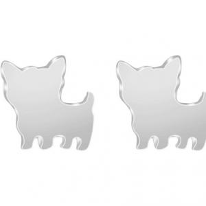 Zilveren hond oorbellen. Klik hier voor meer mooie subtiele oorbellen. Shop alle musthave sieraden bij aphrodite. Gratis verzending en cadeau.