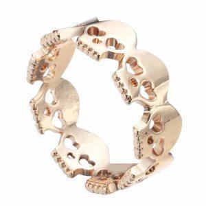 Gouden Schedel Ring.Voor meer leuke ringen klik hier.Shop alle musthave sieraden bij aphrodite.Bestel snel en veilig.Gratis verzending en cadeau.