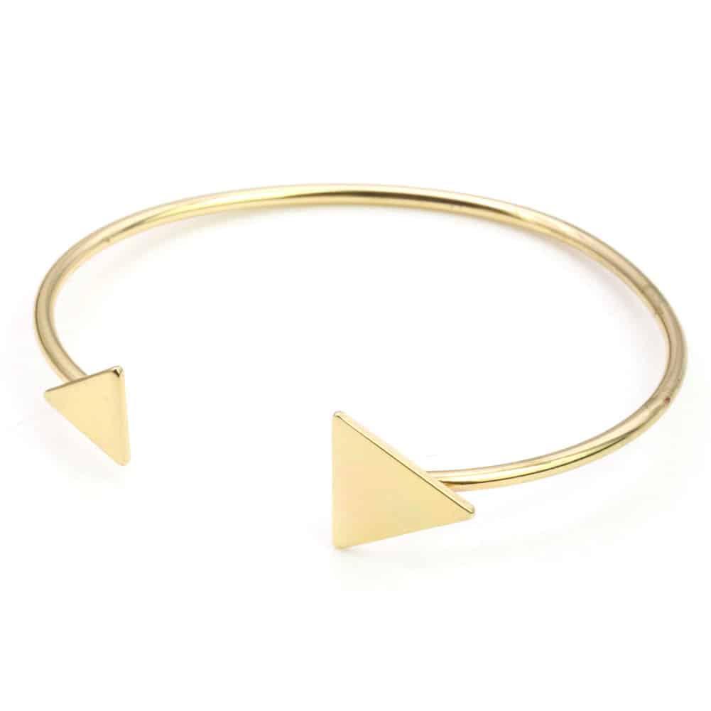 Cuff Armband Met Driehoek Design.Klik hier voor meer leuke armbanden.Shop alle musthave sieraden bij aphrodite. Gratis verzending en cadeau.