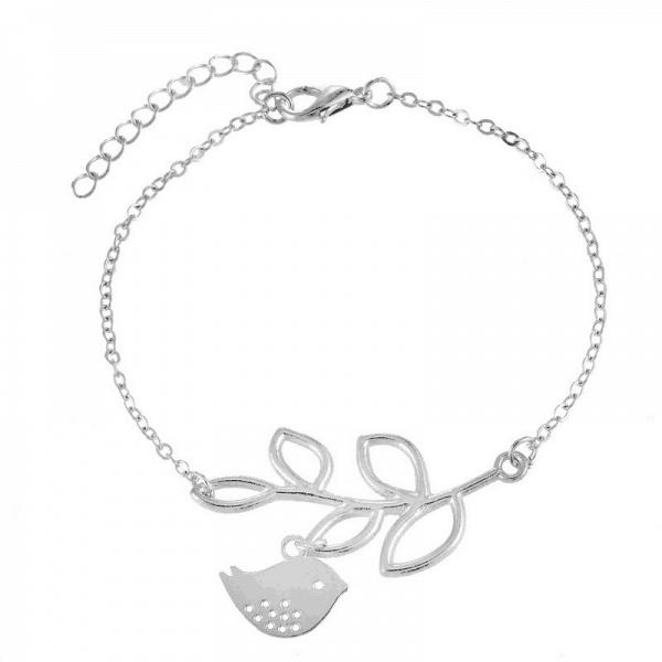 Zilveren Vogel Armband. Klik hier voor meer leuke subtiele armbanden. Shop alle musthave sieraden bij Aphrodite. Gratis verzending en cadeau.