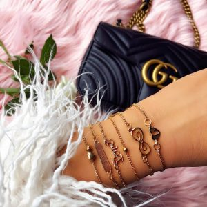 Love Bracelet Set. Click here for more beautiful bracelets. Shop all musthave jewellery by Aphrodite. Free worldwide shipping and gift.