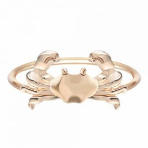 Gold Crab Ring. Click here for more lovely rings. Shop all musthave jewellery by Aphrodite. Free worldwide shipping and gift.