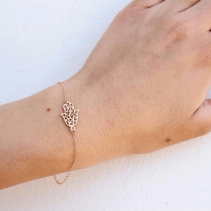 Gold Hamsa Hand Bracelet.Click here for more beautiful bracelets. Shop all musthave jewellery by Aphrodite. Free worldwide shipping and gift.