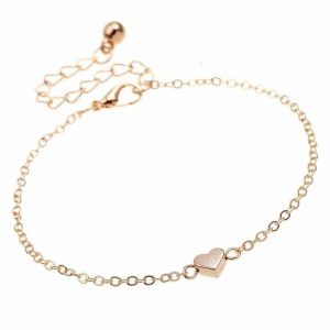 Bracelet With Gold Heart. Click here for more beautiful delicate bracelets. Shop all musthave jewellery by Aphrodite. Free worldwide shipping and gift.