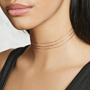 Minimalistic Layered Necklace - Gold. Click hear for more beautiful layered necklaces.Shop all musthave jewellery by aphrodite.Free worldwide shipping.