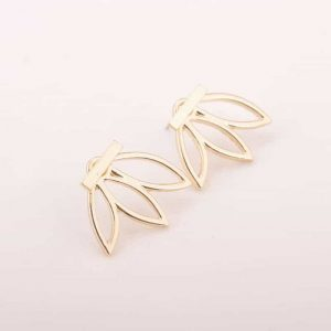 Gold Lotus Earstuds. Click here for more delicate earrings. Shop all musthave jewellery by Aphrodite. Free worldwide shipping and gift.