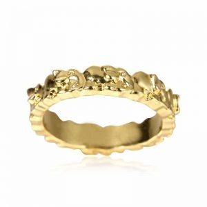Gold Elephants Ring. Click here for more lovely rings. Shop all musthave jewellery by Aphrodite. Free worldwide shipping and gift.