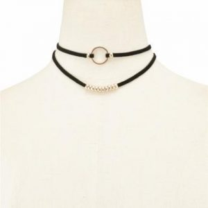 Layered Choker With Beads. Click here for more beautiful chokers. Shop all musthave jewellery by Aphrodite. Free worldwide shipping and gift.