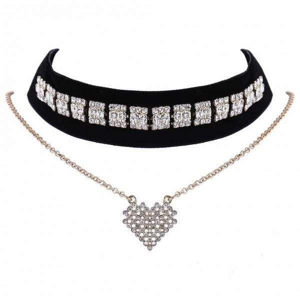 Layered Choker With Rhinestones. Click here for more beautiful chokers. Shop all musthave jewellery by Aphrodite. Free worldwide shipping and gift.
