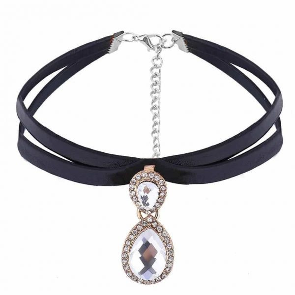 Layered Choker With Rhinestones.Click here for more beautiful chokers. Shop all musthave jewellery by Aphrodite. Free worldwide shipping and gift.