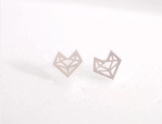 Minimalistische Oorbellen Zilver : Minimalistische vos origami stud oorbellen aphrodite store