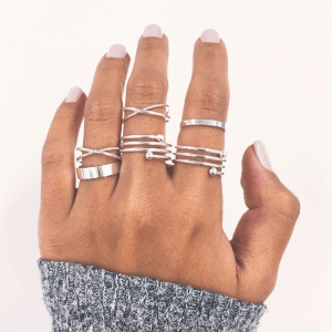 Ring Set Spiral Silver 6 Pcs. click hear to shop more beautiful rings. Shop all musthave jewellery by aphrodite. Free worldwide shipping and gift.