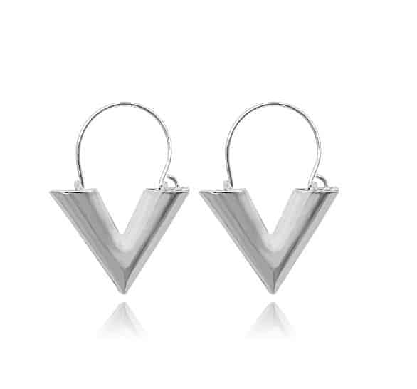 Silver V Earrings. Click here for more lovely gold and silver earrings. Shop all musthave jewellery by Aphrodite. Free worldwide shipping and gift.