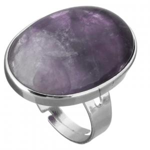 Statement Ring Met Paarse Steen. Klik hier voor meer mooie statement ringen met stenen. Shop alle musthave sieraden bij Aphrodite. Gratis verzending.